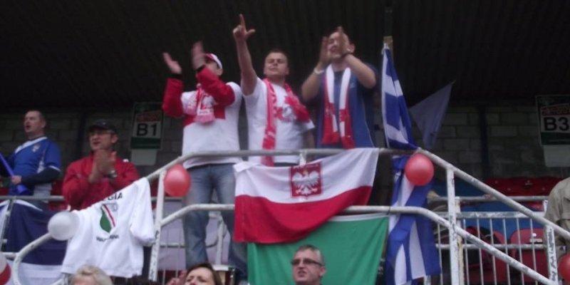 Polscy kibice z Cork stracili flagę, ukradli ją kibice Legii