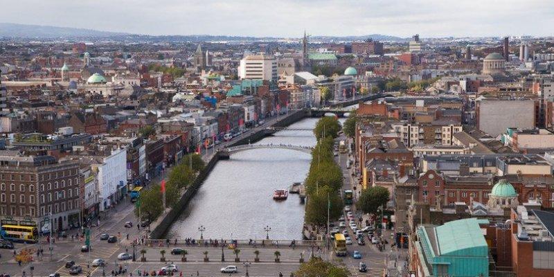 Turyści skarżą się na żebraków i drożyznę w Irlandii