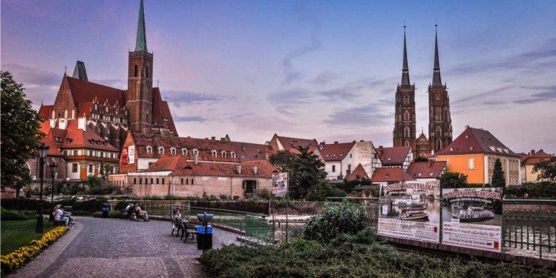 Irlandia i Polska w czołówce najbardziej gościnnych krajów