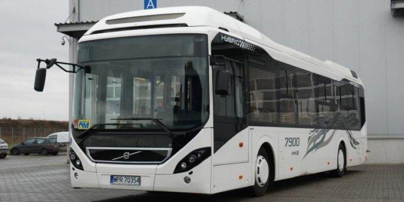 Volvo dostarczy swój autobus z Wrocławia do Dublina
