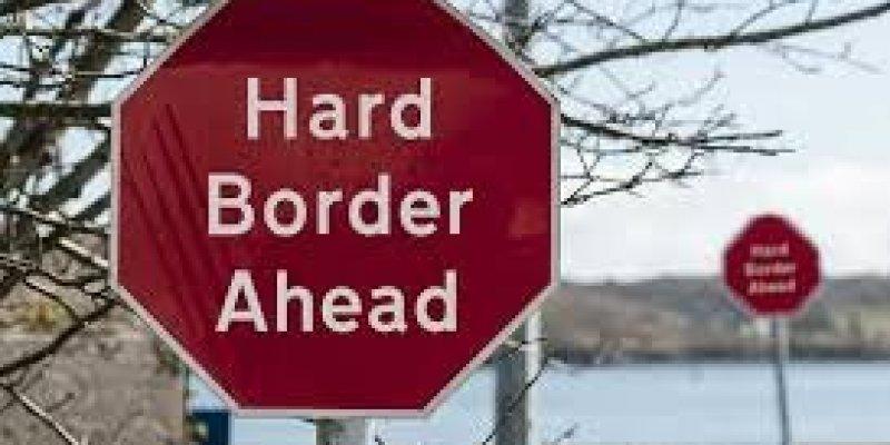Twardy brexit zniszczy handel między Irlandiami