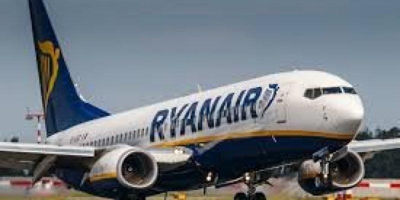 Ryanair próbuje zablokować strajk pilotów