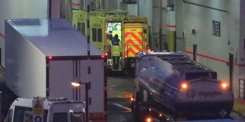16 imigrantów w ciężarówce na promie do Irlandii