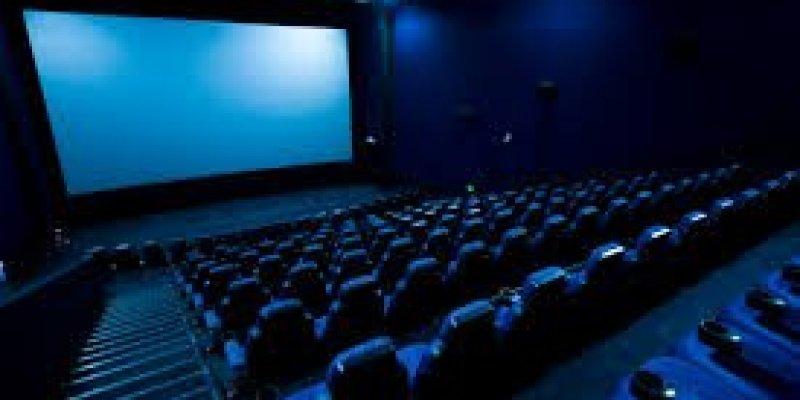 40 tys. euro odszkodowania za kontuzję w kinie
