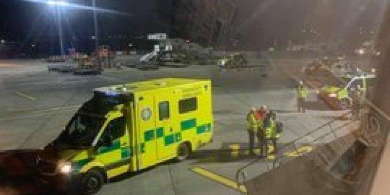 Pasażer z objawami koronawirusa zabrany z lotniska w Dublinie