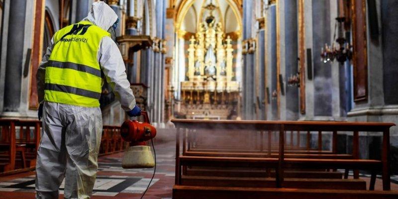Irlandzki Kościół zaleca, by się nie korzystać z wody święconej