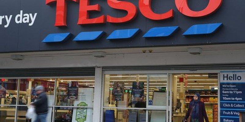 Irlandzkie Tesco wprowadza godziny zakupów dla seniorów
