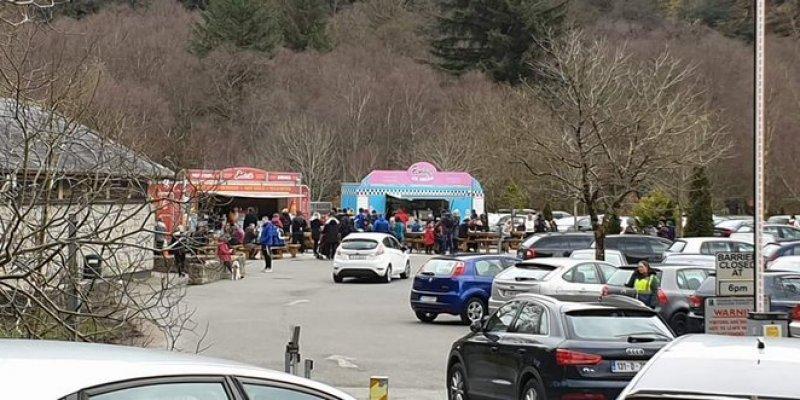 Garda zamyka parkingi i drogi dojazdowe