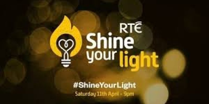 Dziś o 21 akcja #ShineYourLight