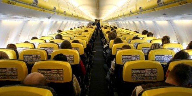Do 9 maja przedłużony zakaz lotów pomiędzy Polską a Irlandią