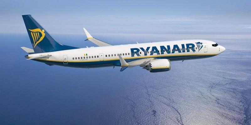 Awaryjne lądowanie Ryanaira z Krakowa do Dublina