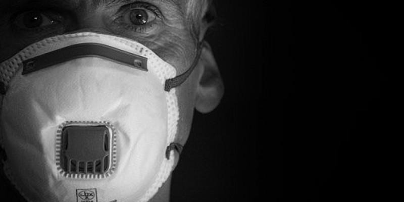 Od poniedziałku maski w Irlandii Płn. obowiązkowe wszędzie