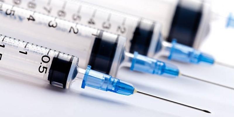 Szczepionka przeciw koronawirusowi na początku roku