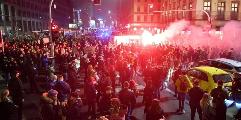 Kolejny Marsz Kobiet w Warszawie