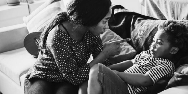 Premier przeprosił kobiety, które przez lata trafiały do domów samotnej matki
