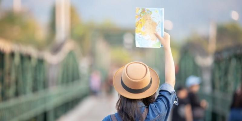 NPHET chce mocnych restrykcji dla podróżujących