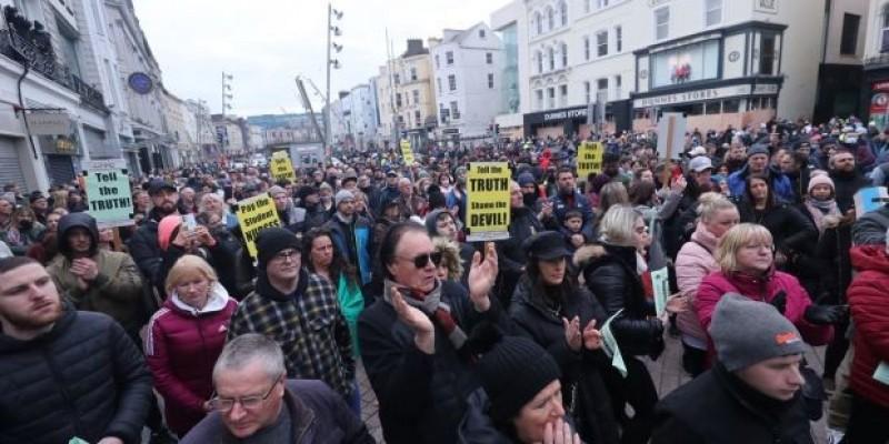Pół setki protestujących w Cork