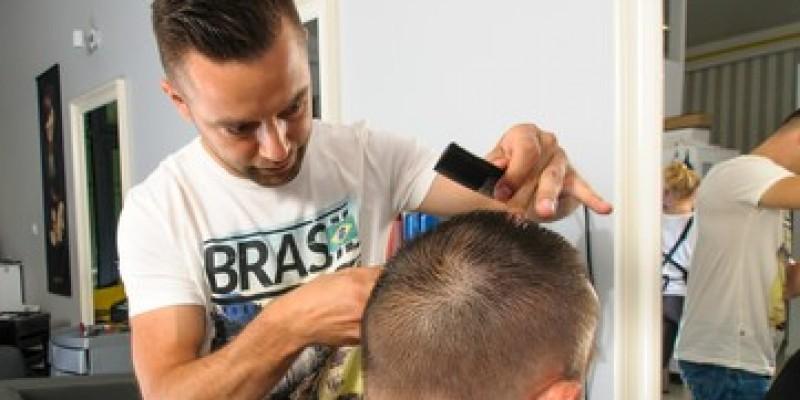 Fryzjerzy mogą ruszyć w maju