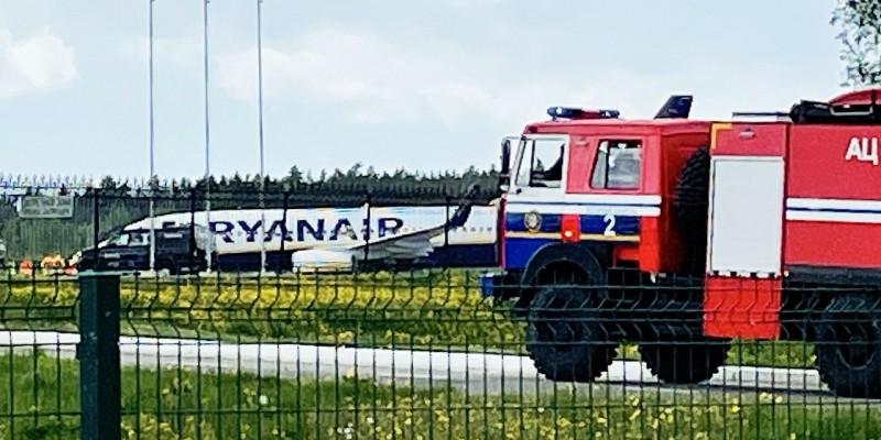 Zatrzymanie samolotu Ryanair w Mińsku to piractwo lotnicze