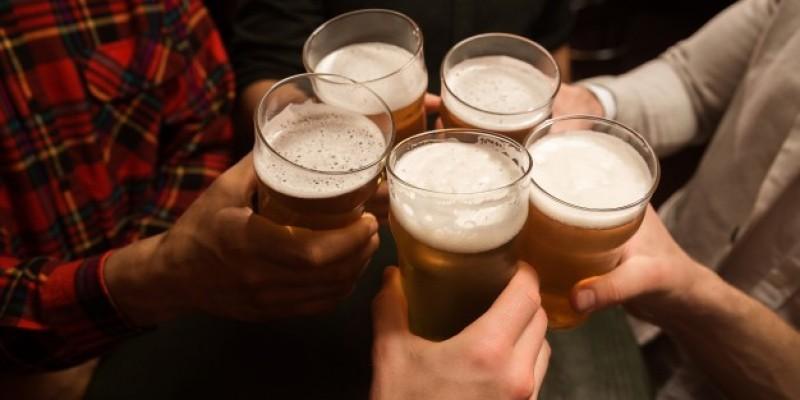 Po raz pierwszy w tym roku otwarto puby i restauracje