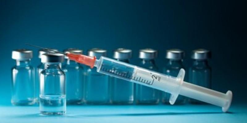 Po 19 lipca niezaszczepionym nadal będą potrzebne testy do podróży zagranicznych