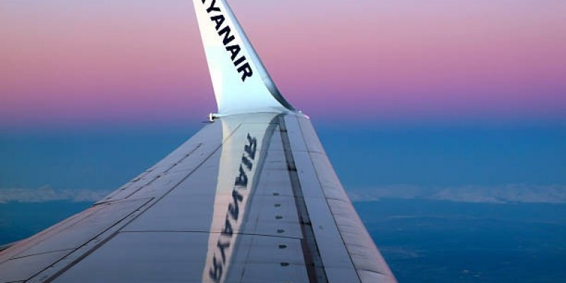 Ryanair otworzy bazę w Cork i przywróci połączenia