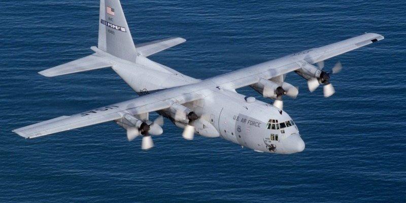 Samolot wojskowy USA awaryjnie ląduje w Shannon