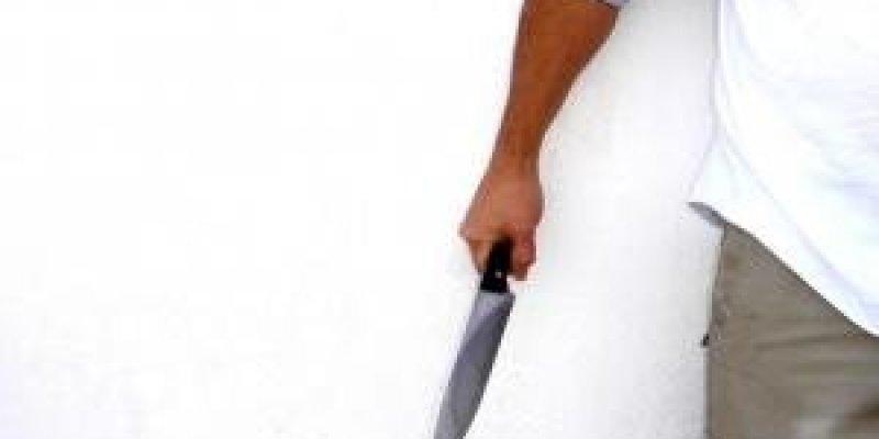 Polak zraniony nożem