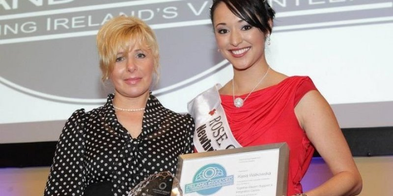 """Ireland Involved 2011 nagroda za zasługi w wolotariacie w rękach organizacji polonijnej """"Together-Razem"""