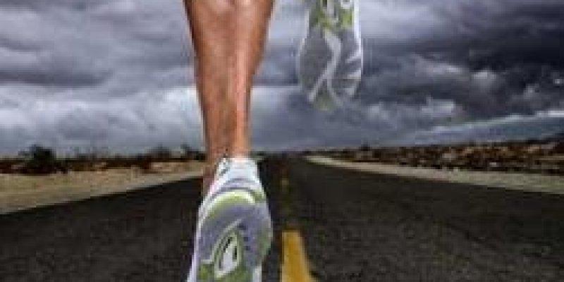 Bieg mimo wszystko. Charytatywny maraton wokół Irlandii