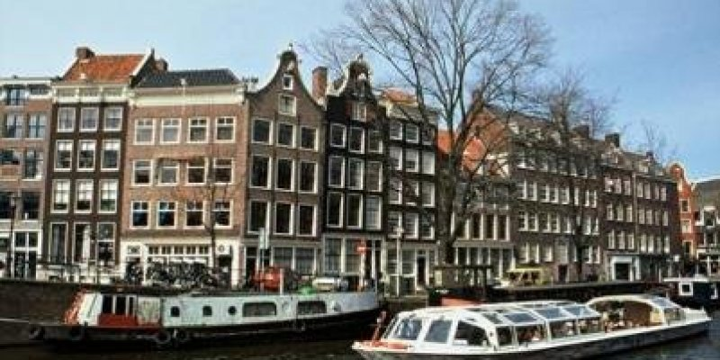 Holendrzy chcą zatrzymać napływ emigrantów.