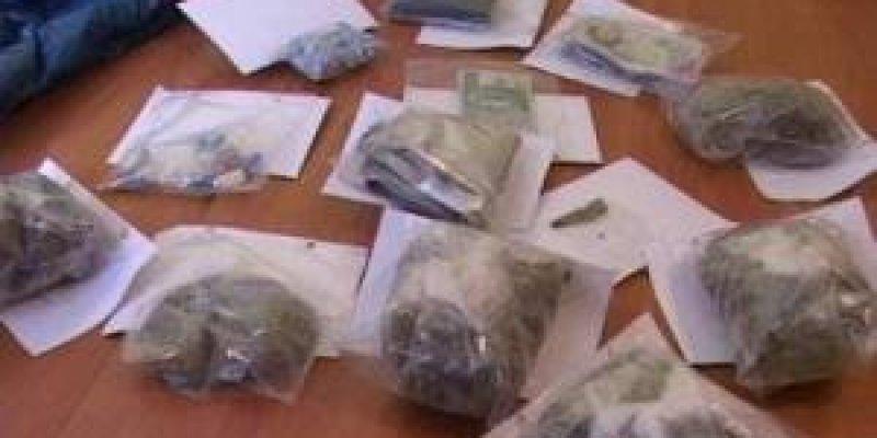 Dwaj Polacy aresztowani za przemyt marihuany