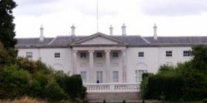 ARAS an UACHTARAIN czyli tam gdzie mieszka Prezydent Irlandii